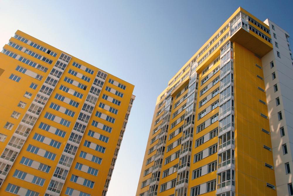 Фиброплиты на жилом доме - Видное