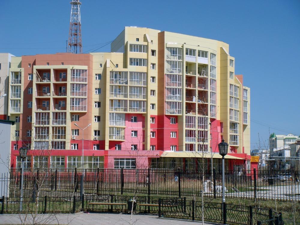Фиброплиты на жилом доме - Якутск